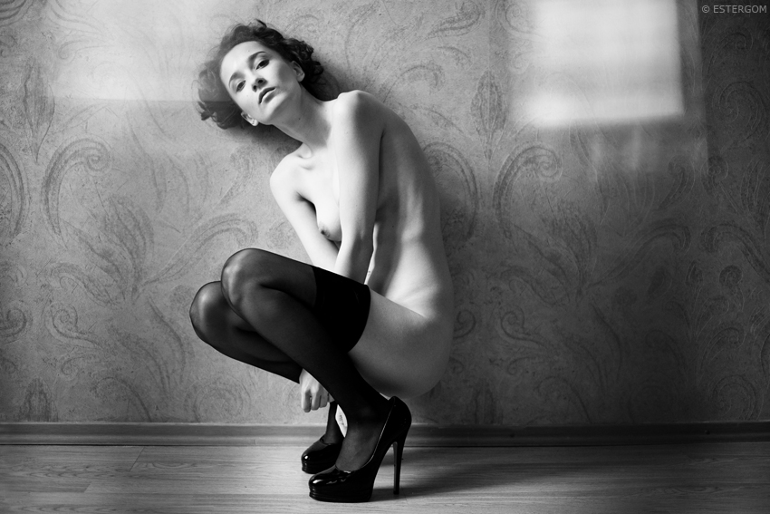gadinagod_girls_naked_stockings_18