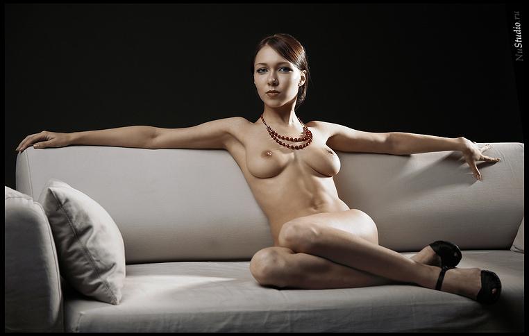 gadinagod_girls_naked_pillow_20