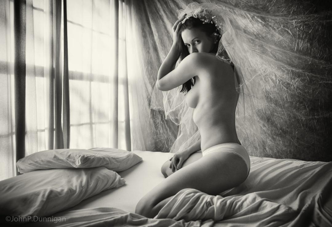 gadinagod_girls_naked_pillow_25