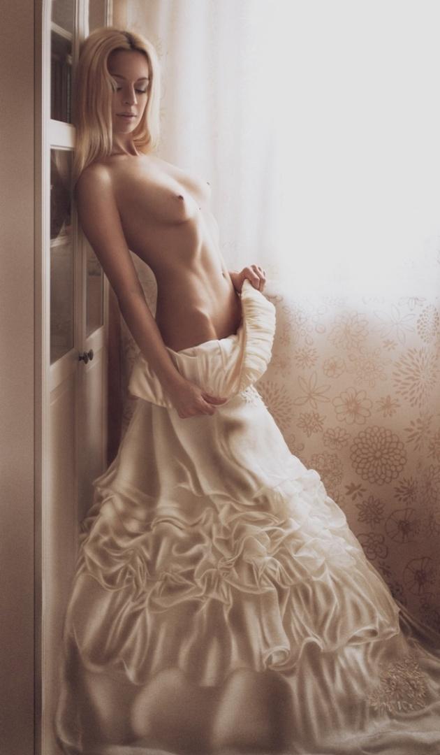 gadinagod_girls_naked_bride_22