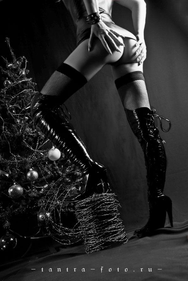 gadinagod_girls_naked_happy_new_year_04