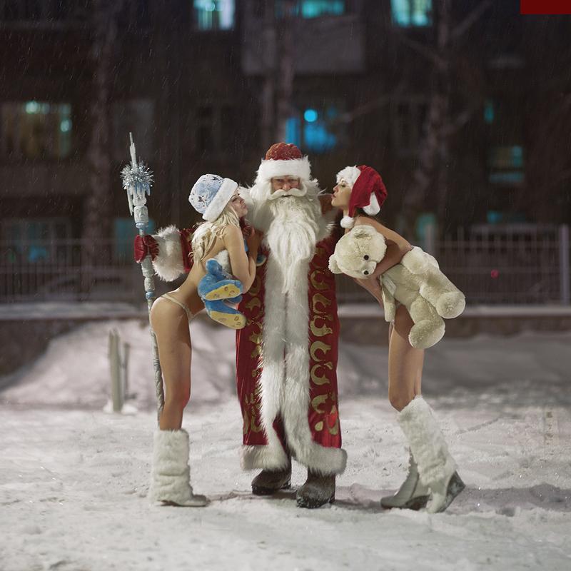 gadinagod_girls_naked_happy_new_year_12