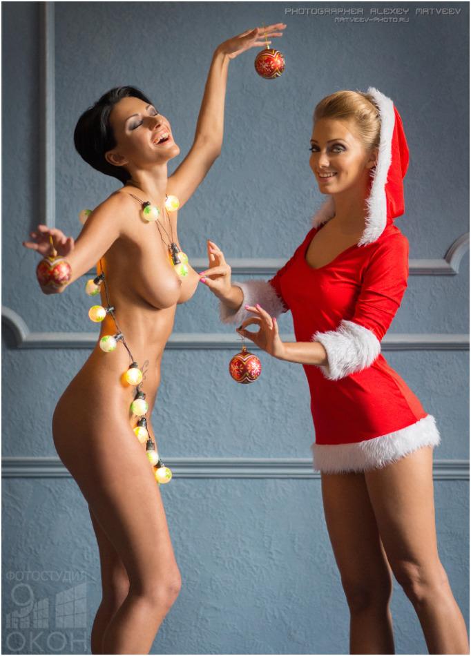 gadinagod_girls_naked_happy_new_year_16