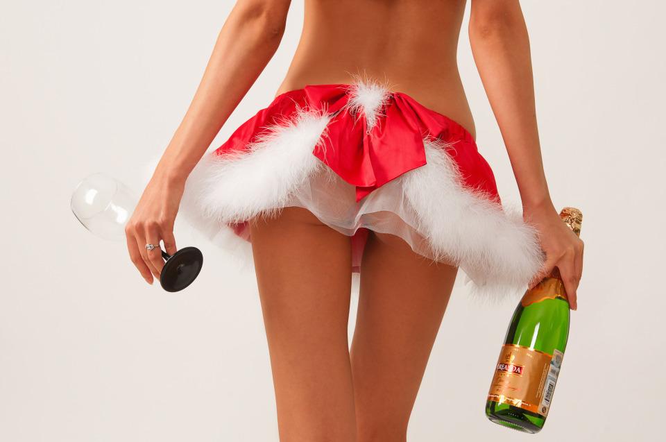 gadinagod_girls_naked_happy_new_year_18