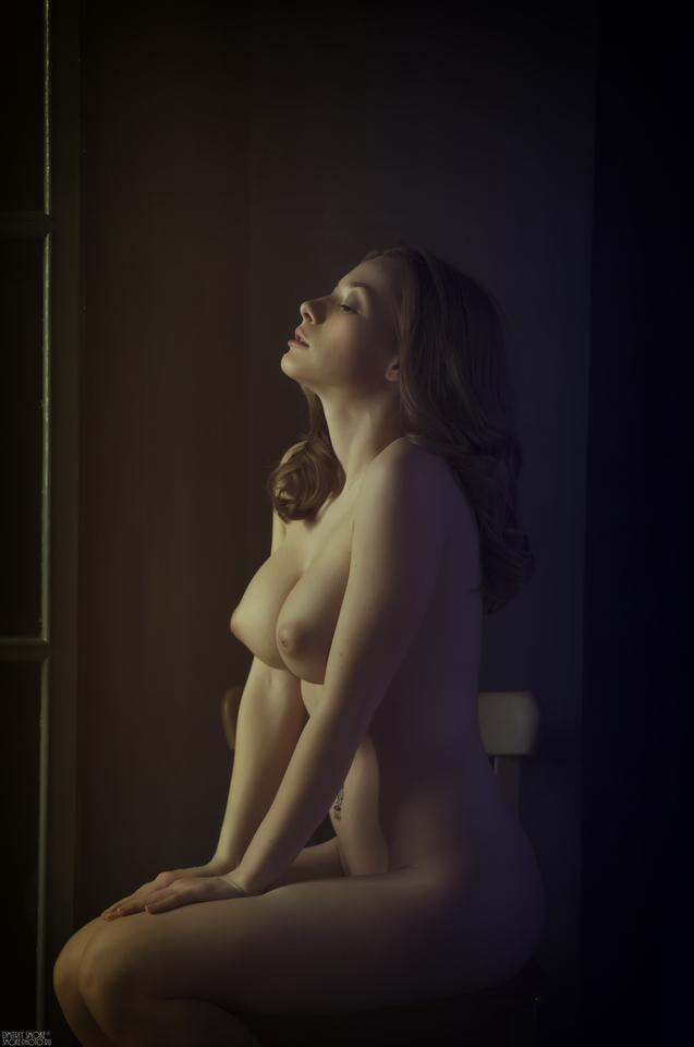gadinagod_girls_naked_bust_13