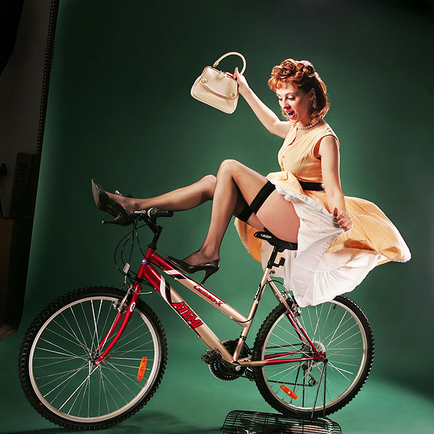 bicycle-girls-pictures-14