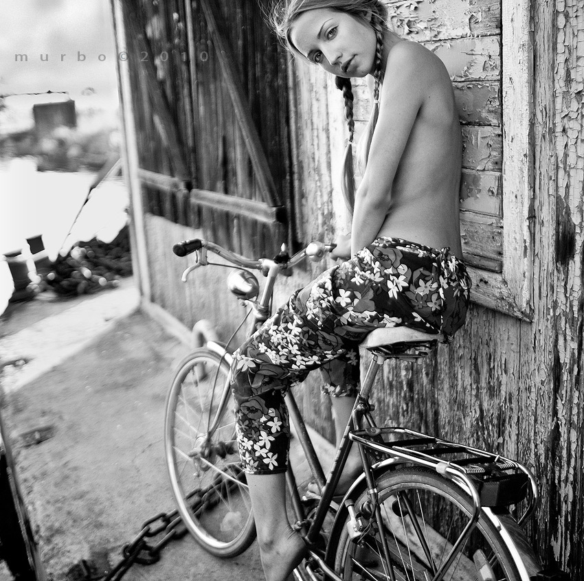 bicycle-girls-pictures-16