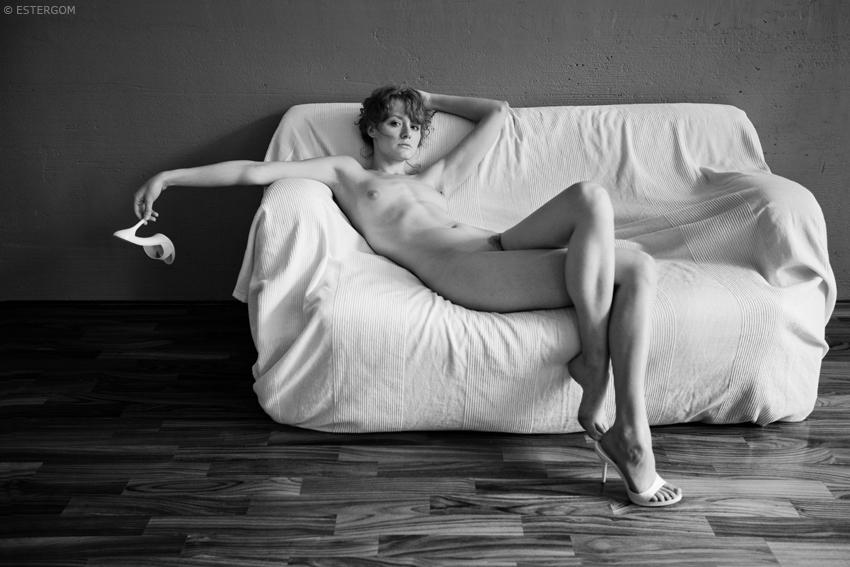 gadinagod_naked_girls_heel