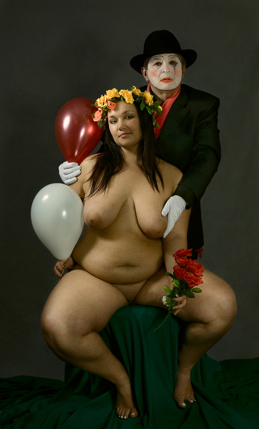 gadinagod_girls_naked_pictures_fatty_018.jpg