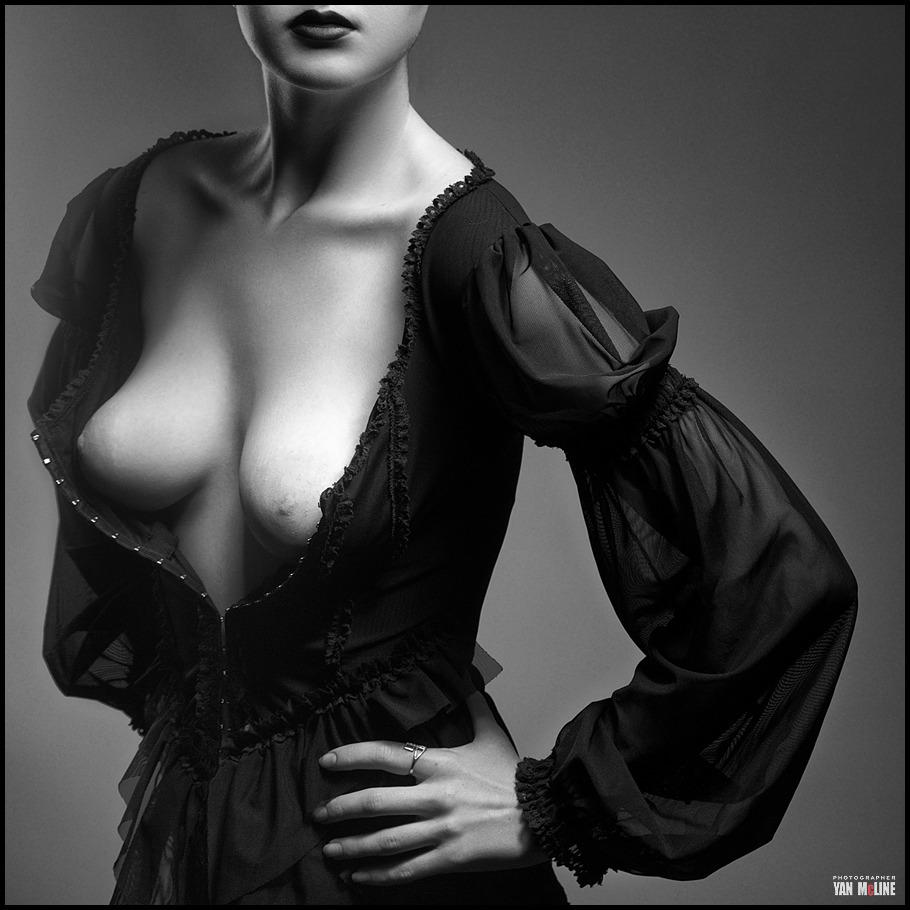 gadinagod_girls_naked_pictures_Ян Маклайн