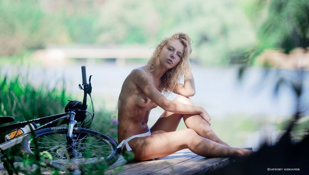bicycle-girls-pictures-36