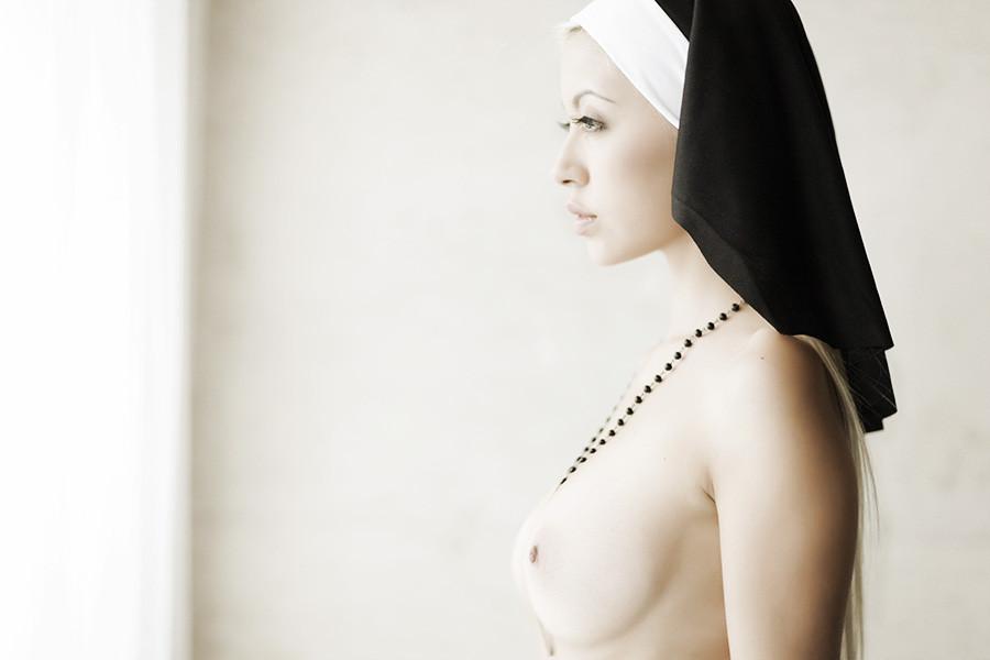 Young nuns nude free sex pics