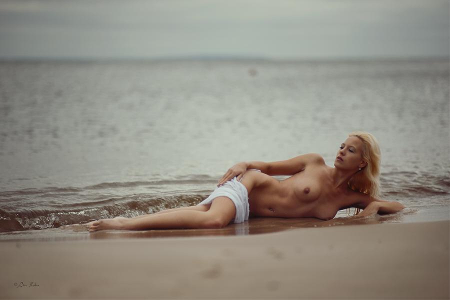 gadinagod_girls_naked_pictures_LinKoln_23.jpg