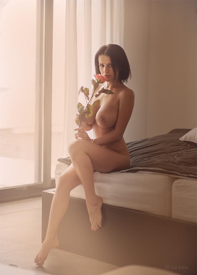 gadinagod_girls_naked_pictures_LinKoln_18.jpg