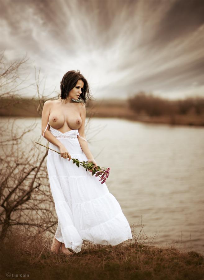 gadinagod_girls_naked_pictures_LinKoln_14.jpg