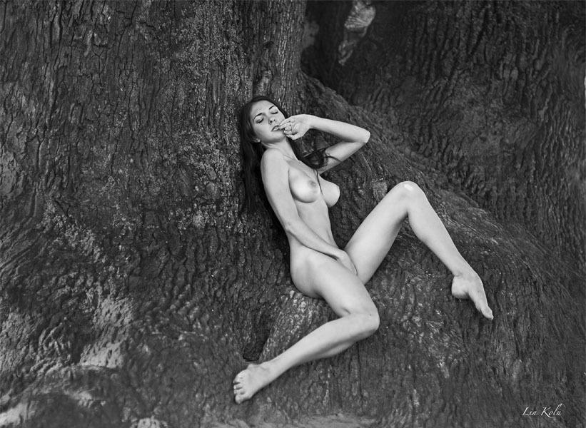 gadinagod_girls_naked_pictures_LinKoln_04.jpg