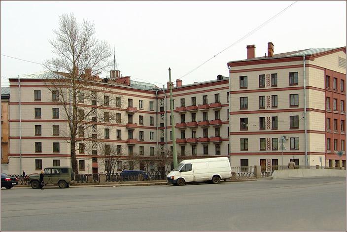 наб.-кан.-Грибоедова-120-(1).jpg