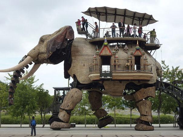 mechanical-elephant-france1