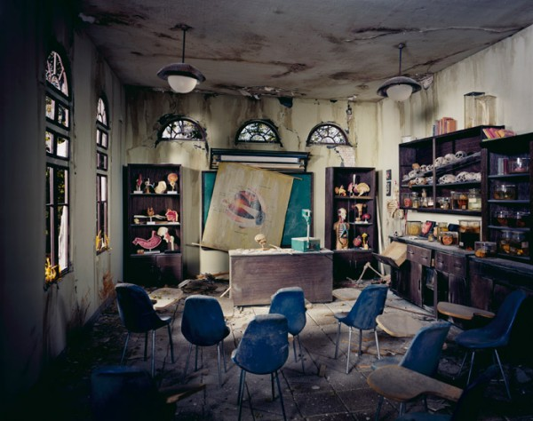 The-City-Post-Apocalyptic-by-Lori-Nix-7-600x474