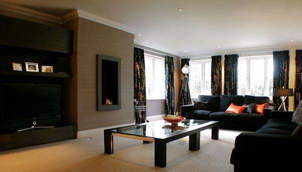 Modern-luxury-living-room-in-black-with-dark-brown-furniture
