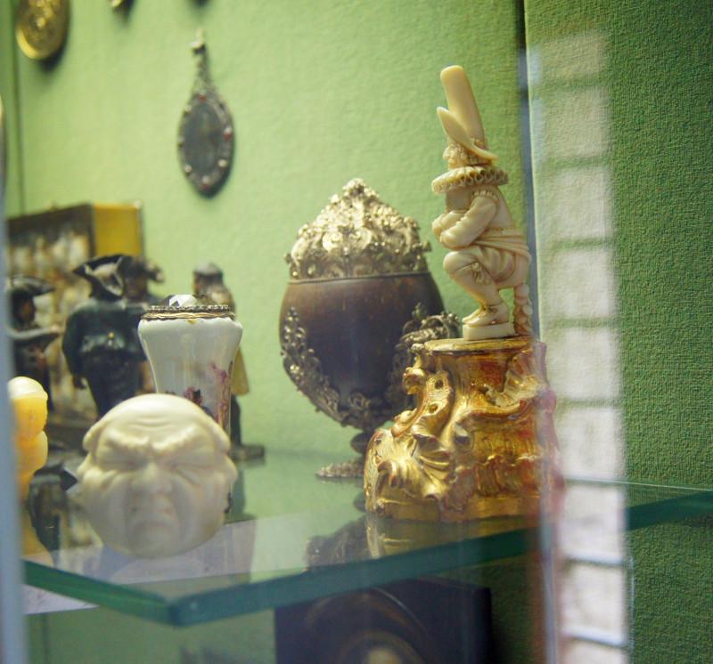 экспонаты из замка Эльц