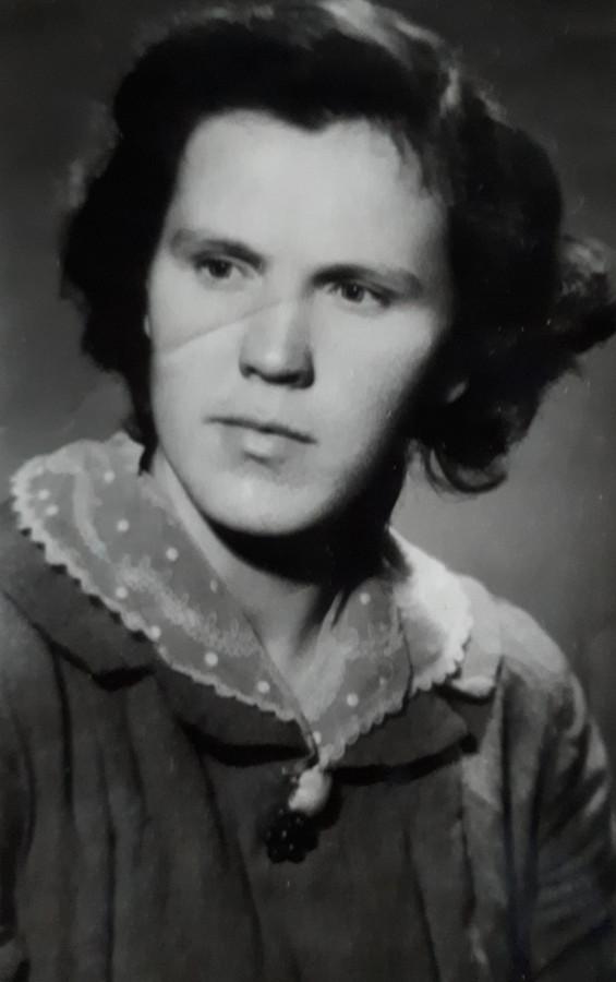 Кравченко Вера Демьяновна, мама