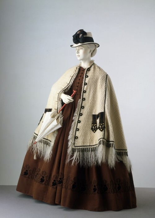 1862 Ensemble The Victoria & Albert Museum