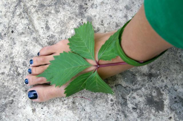 виноградный лист сандали