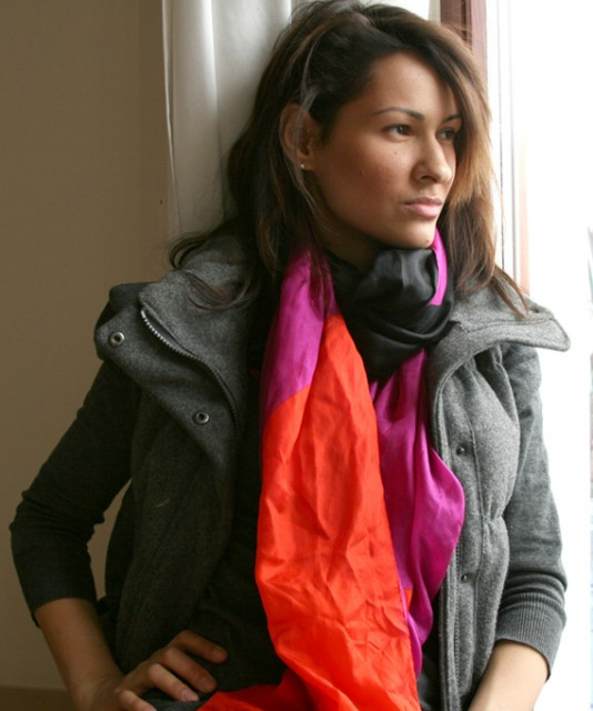 red scarf2