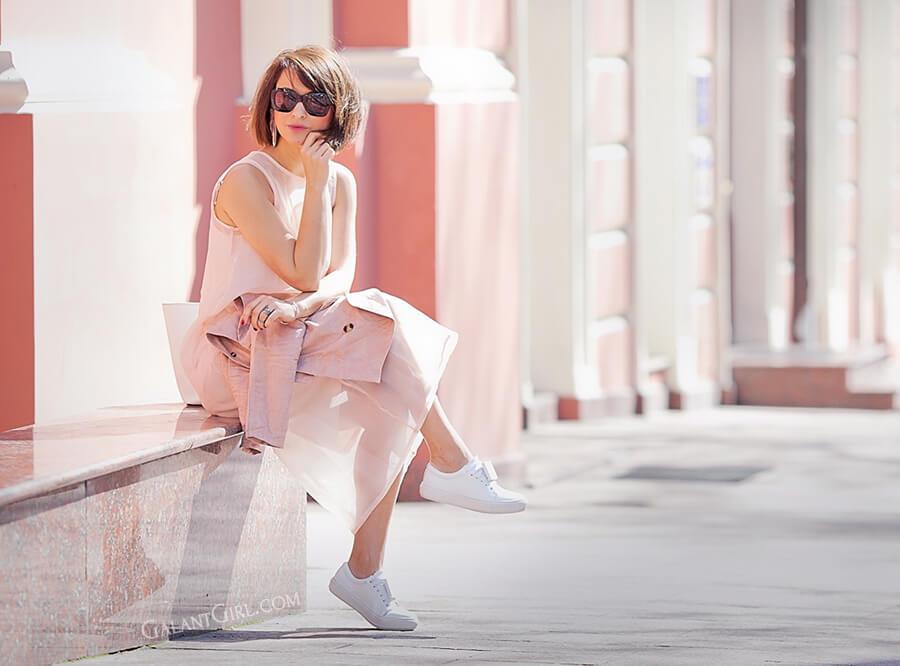 sheer-pink-dress-for-spring-LJ.jpg