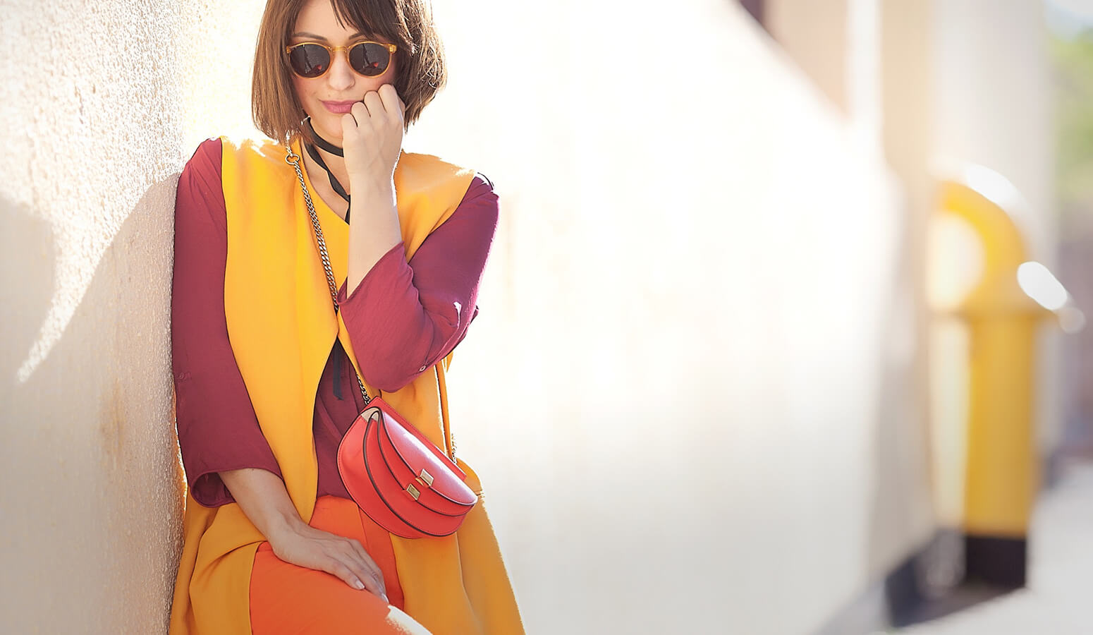 warm-colors-outfit-ideas-for-spring-LJ.jpg