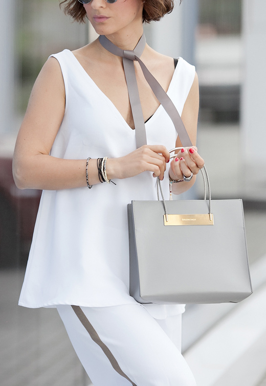 total-white-outfit-lookbook.jpg