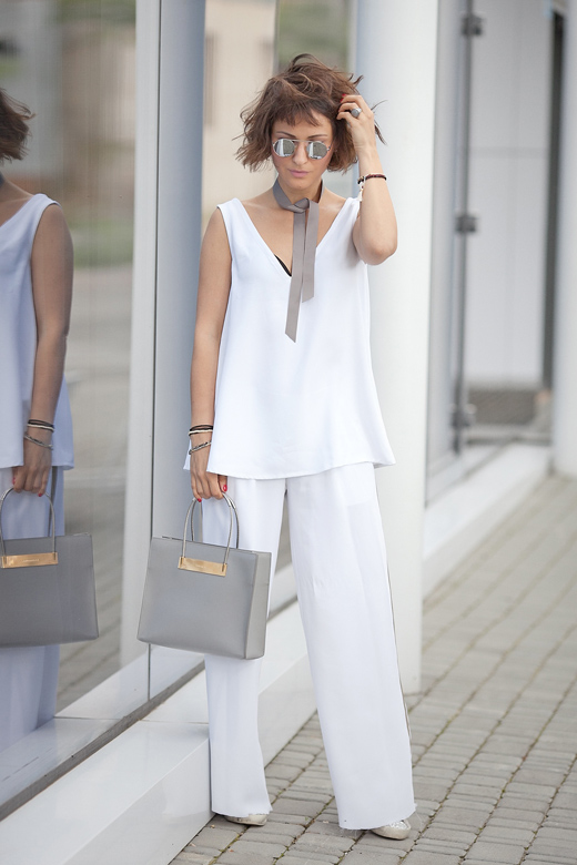 total-white-summer-outfit-lookbook.jpg