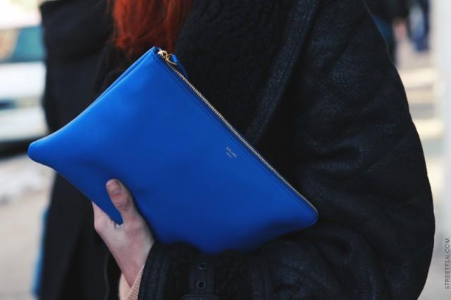 синий клатч Селин
