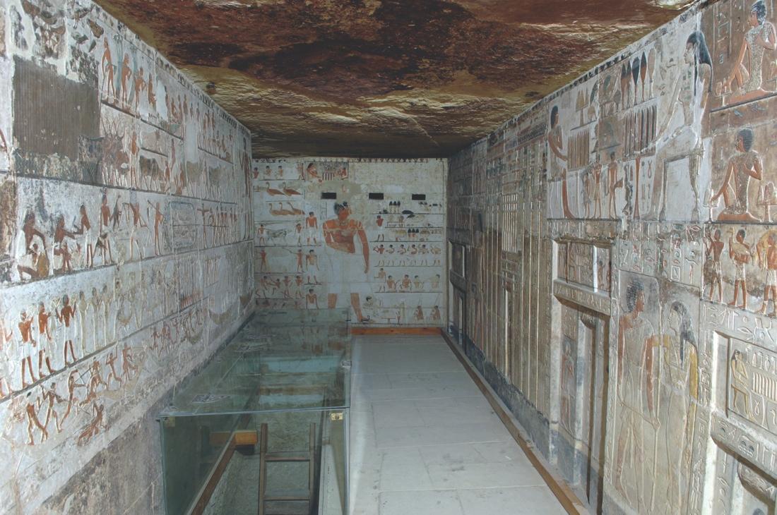 pyramid-age-tomb-2