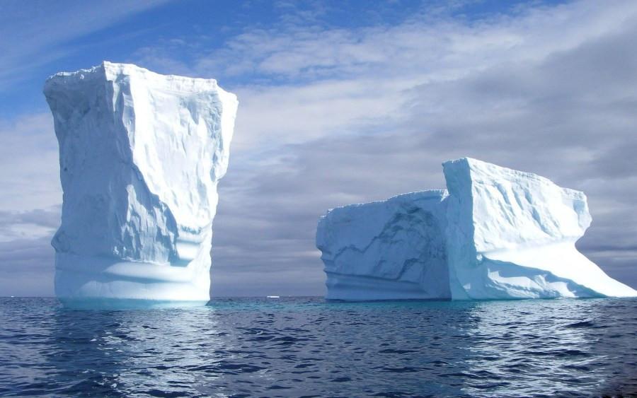 Как выглядят айсберги под водой  8 фото