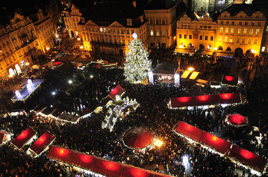 8 prague-xmas Old Town Square, Prague, Czech Republic