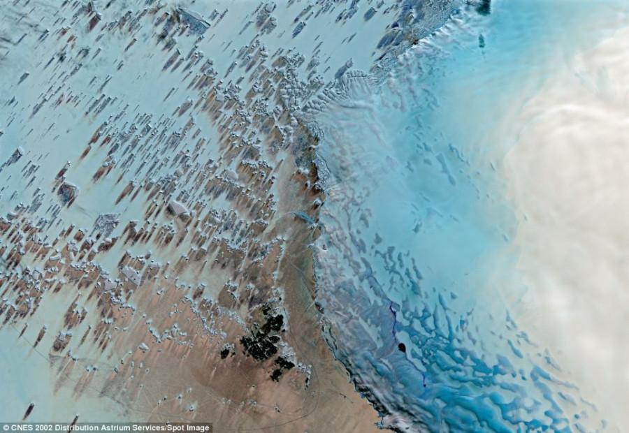 2 Queen Maud Land in Antarctica