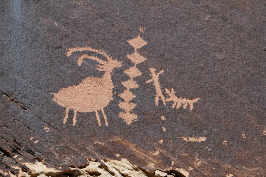 3а Petroglyph Canyon Фремонт