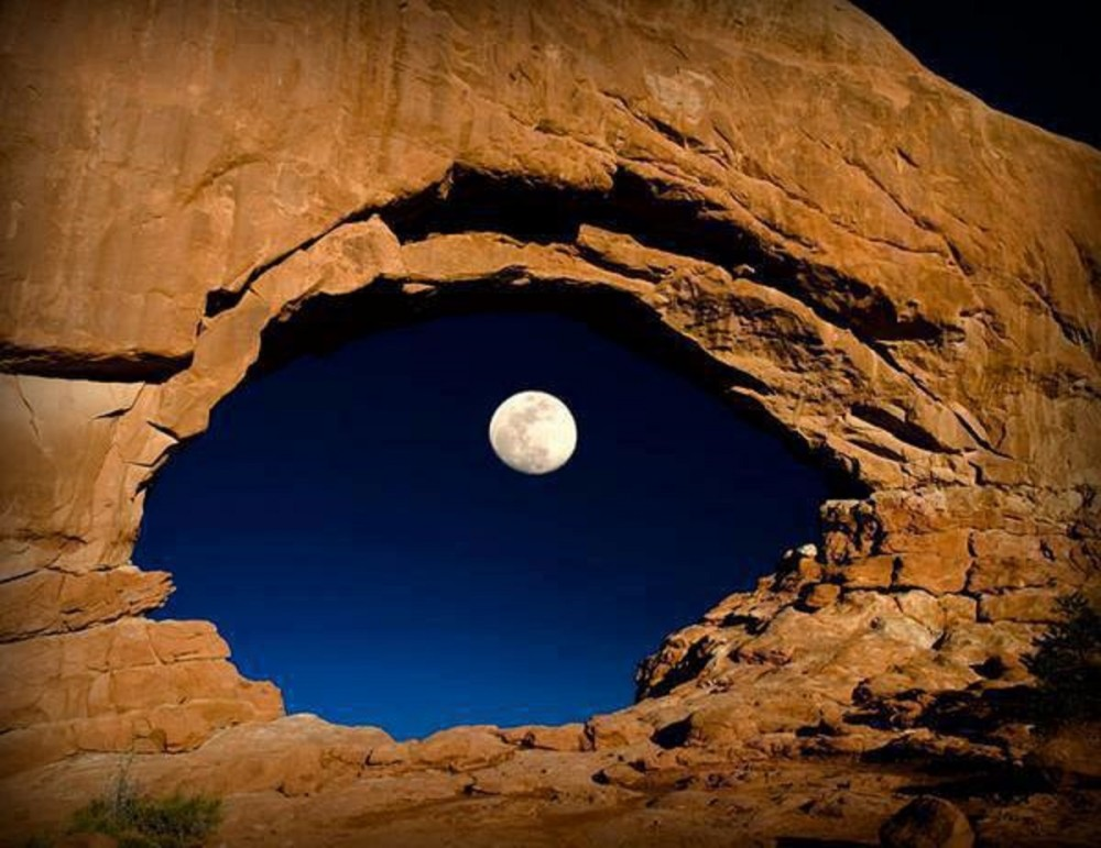 Eye in The Sky – Arches National Park, Utah, USA