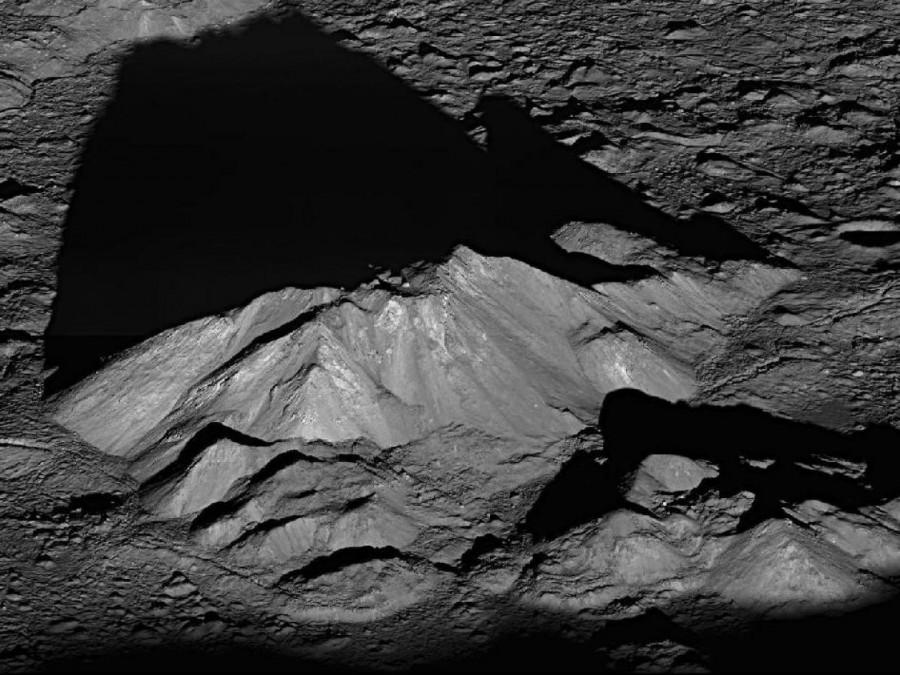 3 Центральный пик в кратере Тихо