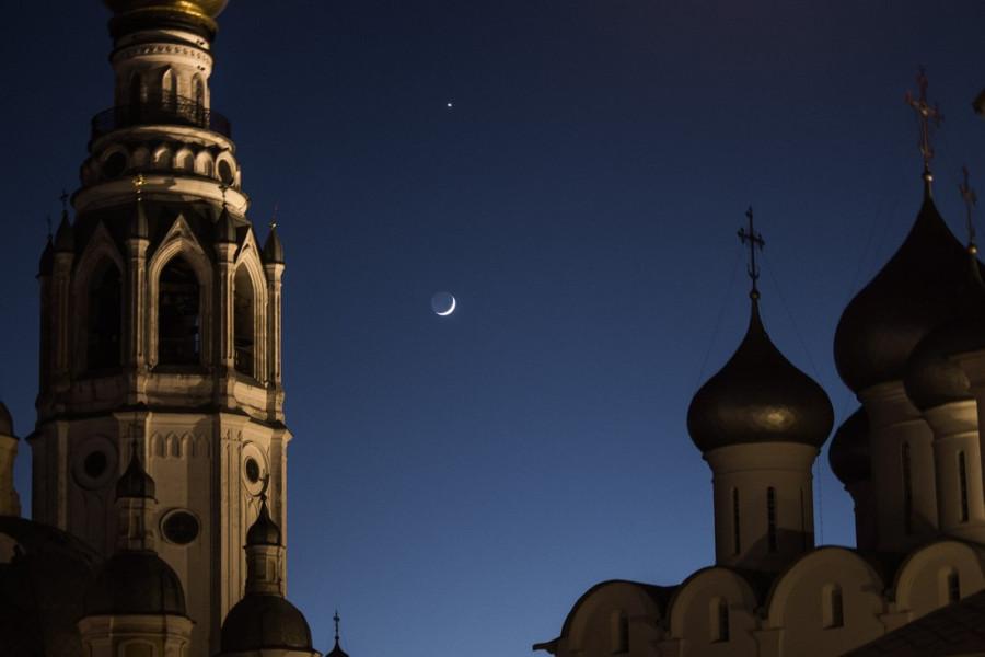 Венера  и  Луна.jpg