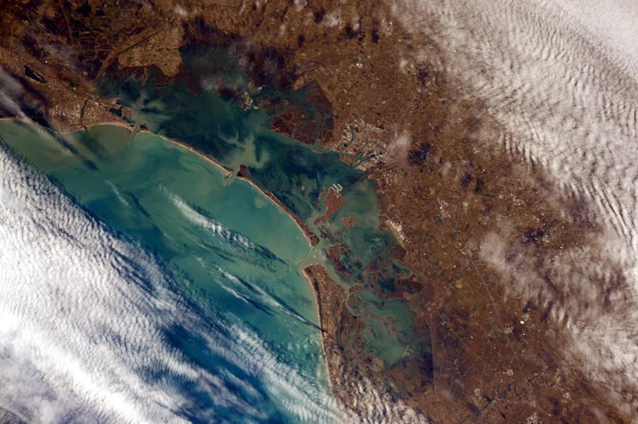 2 Венеция  из  космоса.jpg