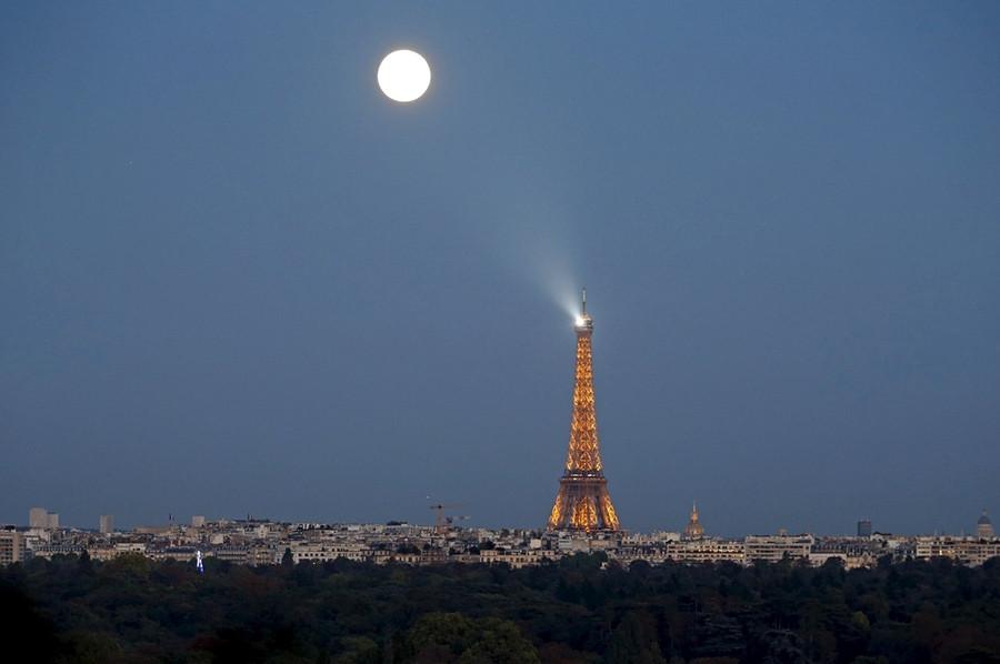 8 Эйфелева  башня, Париж.jpg