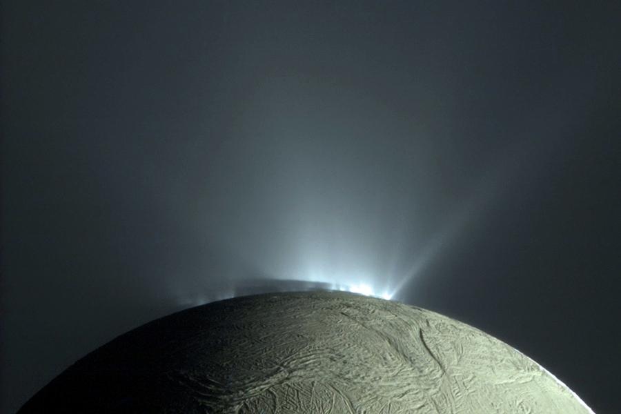 2 volcanoes-on-enceladus.jpg