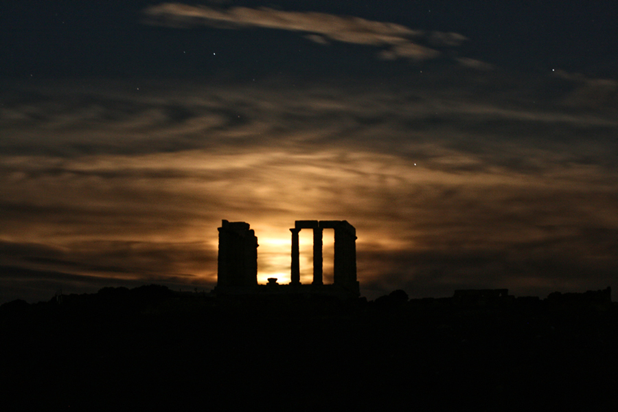 2 Храм Посейдона на мысе Сунион, Греция.jpg