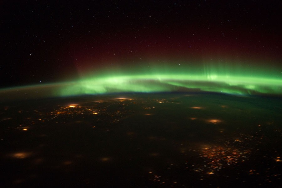 6 Aurora Borealis Over the Midwest.jpg