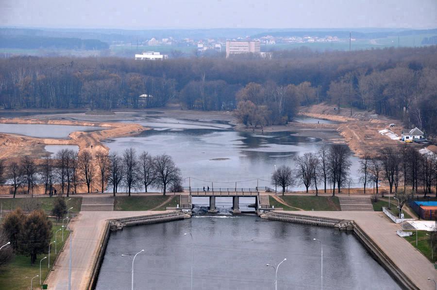 3Дамба  на  Комсомольском  озере.jpg
