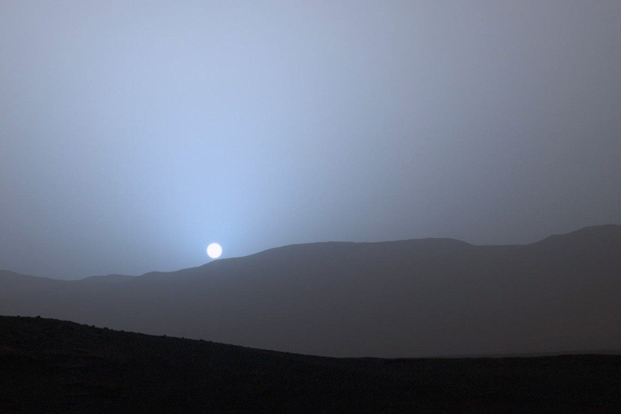 1  Голубой  закат  на   красной  планете.jpg
