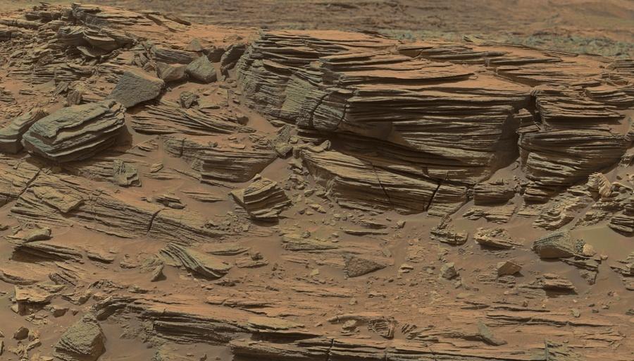 9 Слоистость в марсианской породе.jpg